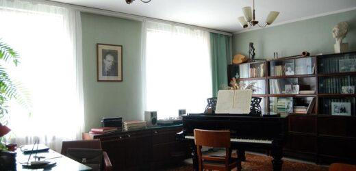 Музей-квартира Н.Жиганова в Казани, Кабинет композитора