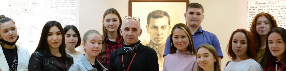 Музей композитора Назиба Жиганова в галерее «Хазинэ»